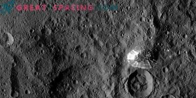 Erdrutsche auf Ceres zeigen verstecktes Eis