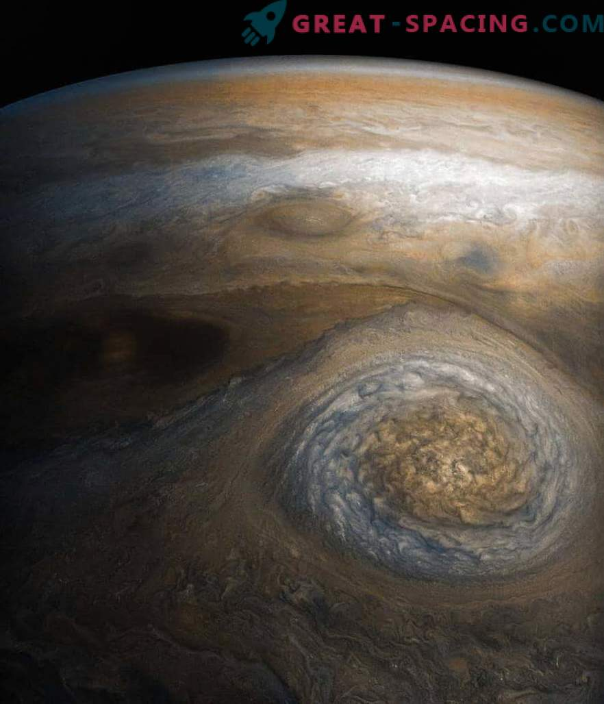 Why is a distant star very similar to our Jupiter
