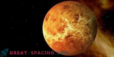 Perché Venere ruota nella direzione opposta