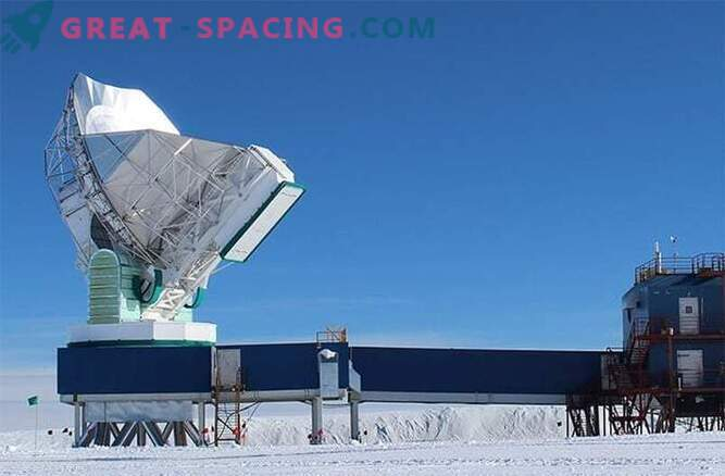 Wirtualny teleskop przygotowuje się do zrobienia zdjęcia pierścienia ognistej czarnej dziury.